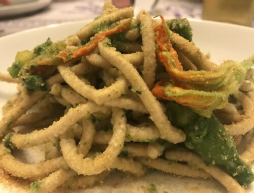 spaghettoni-foglie-zucchina